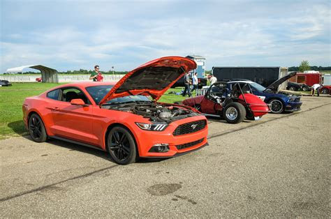 ford mustang ecoboost  time   track