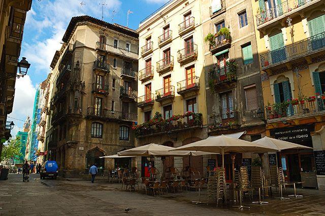 Plaça de les Olles, Barri de La Ribera, Barcelona [enlarge]