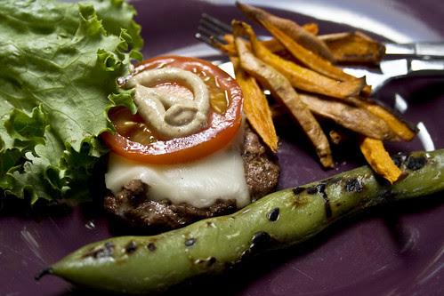 100430_CPE_burger