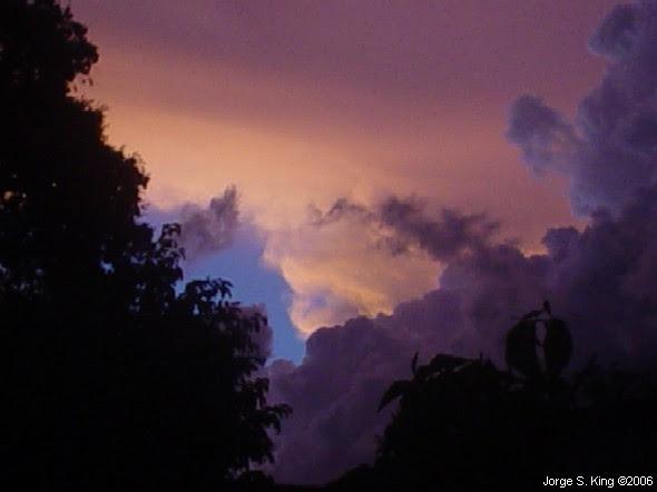 Dibujos en el cielo II - Foto de Jorge S. King