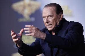 """Berlusconi: """"Non scappo dai giudici Non è un reato aiutare una famiglia"""""""