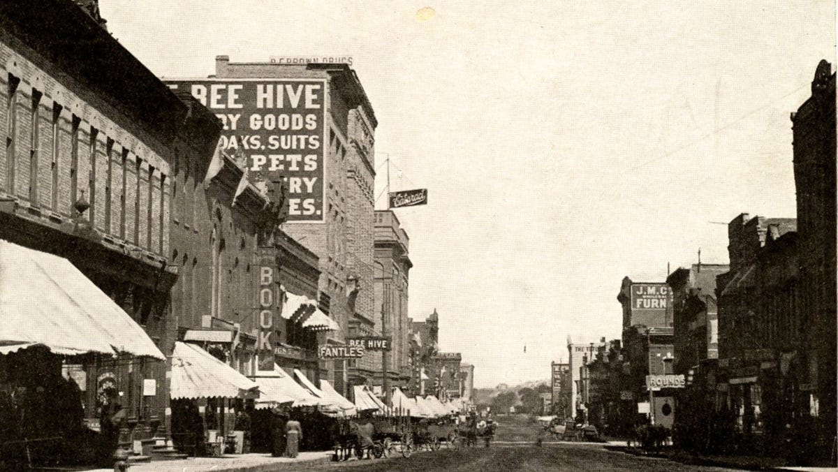 Looking Back: The Book Store survived in downtown Sioux Falls for 80 years