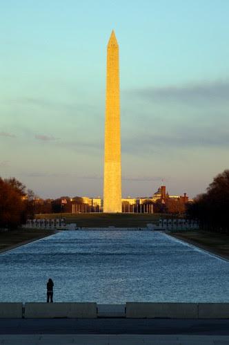 Washington  Monument with SMC FA 28-105 f/3.2-4.5