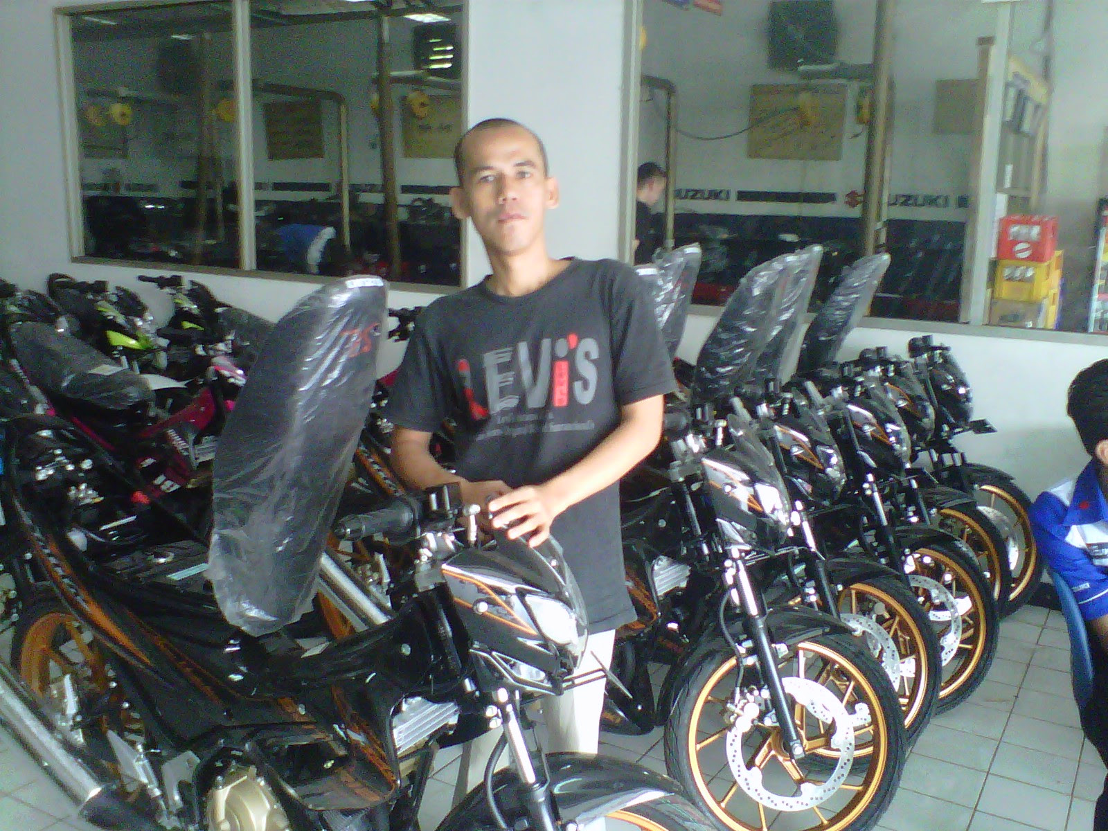 Find New Suzuki Satria Fu Black Fire Terbaru Models And