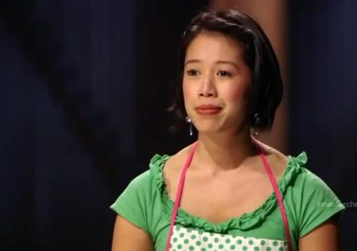 Christine Hà (33 tuổi) bị khiếm thị từ năm 19 tuổi. Hà được mẹ dạy cho nấu  ăn từ nhỏ. Tuy nhiên mẹ cô đã mất năm cô 14 tuổi.