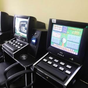 Exploração de máquinas caça-níqueis (foto) passa a ser considerada crime de lavagem de dinheiro