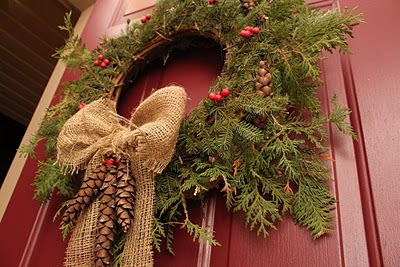Rustic wreath - burlap and pinecones