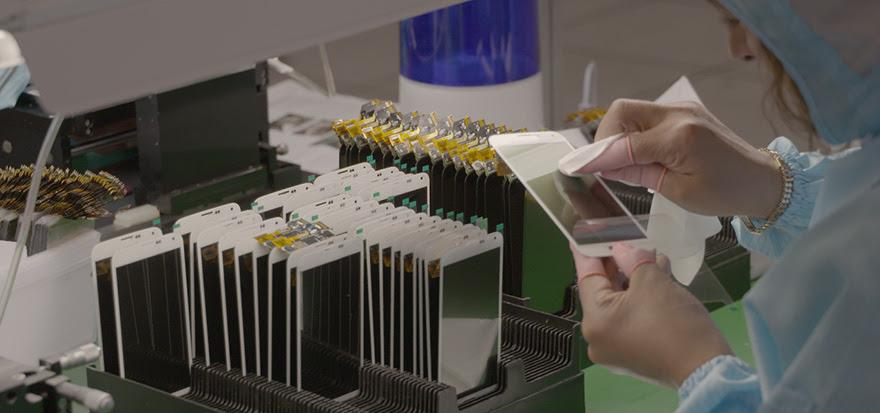 iPhone LCD refurbishing facility.jpg