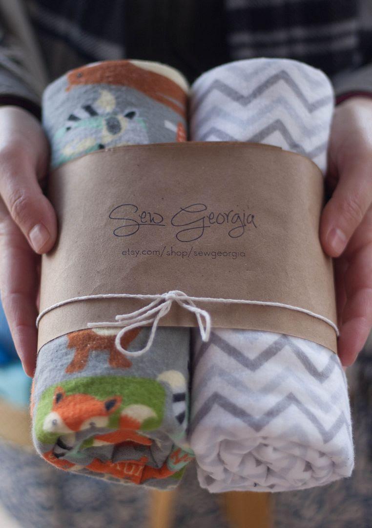 http://www.morelikehome.net/2013/04/fast-easy-flannel-baby-blanket-giftset.html