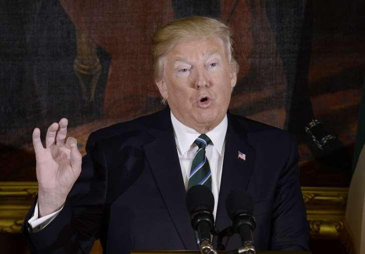 Trump publica una lista de inmigrantes criminales y señala quienes los ayudan