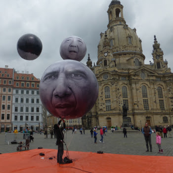 Portrait balloons of G7 heads of state in Dresden.