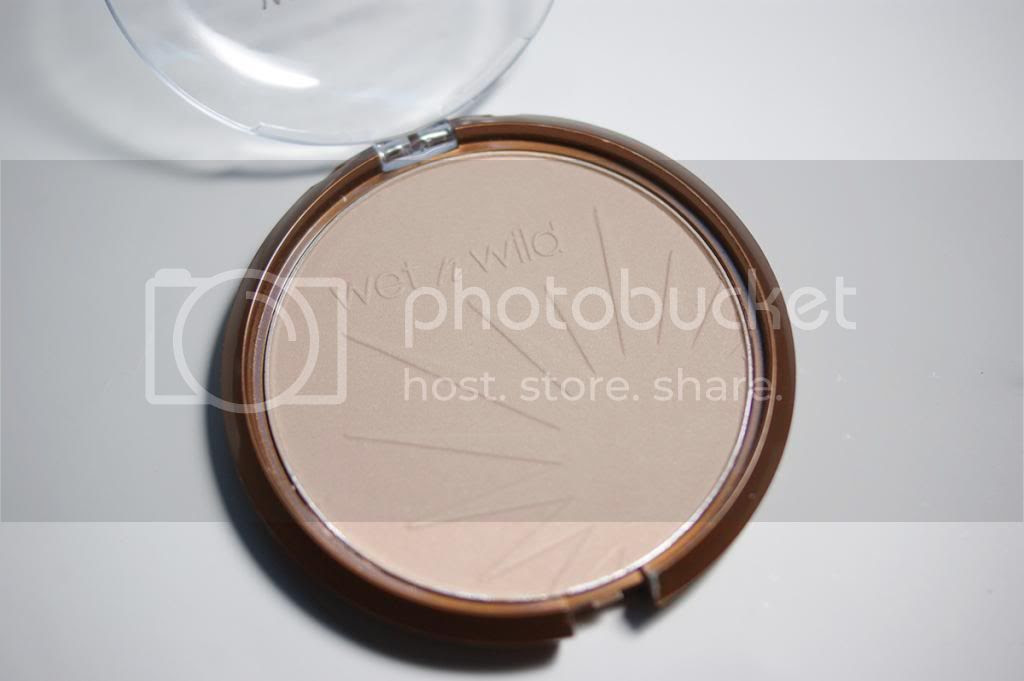 Review Wet n Wild Color Icon Bronzer SPF 15 Reserve Your Cabana