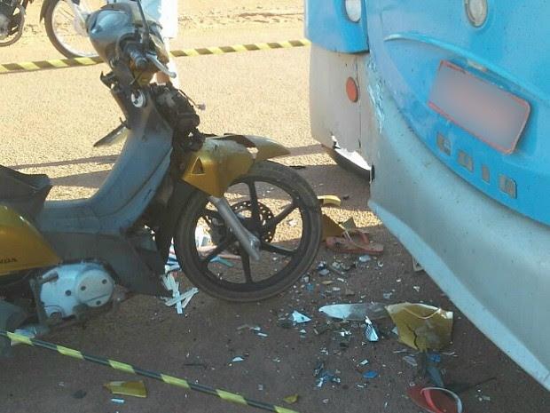 Acidente em Pimenta Bueno deixou motociclista morto (Foto: Pimenta Virtual/Reprodução)