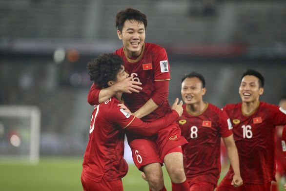 dt viet nam vao nhom gianh ve knock-out asian cup 2019 hinh anh 1