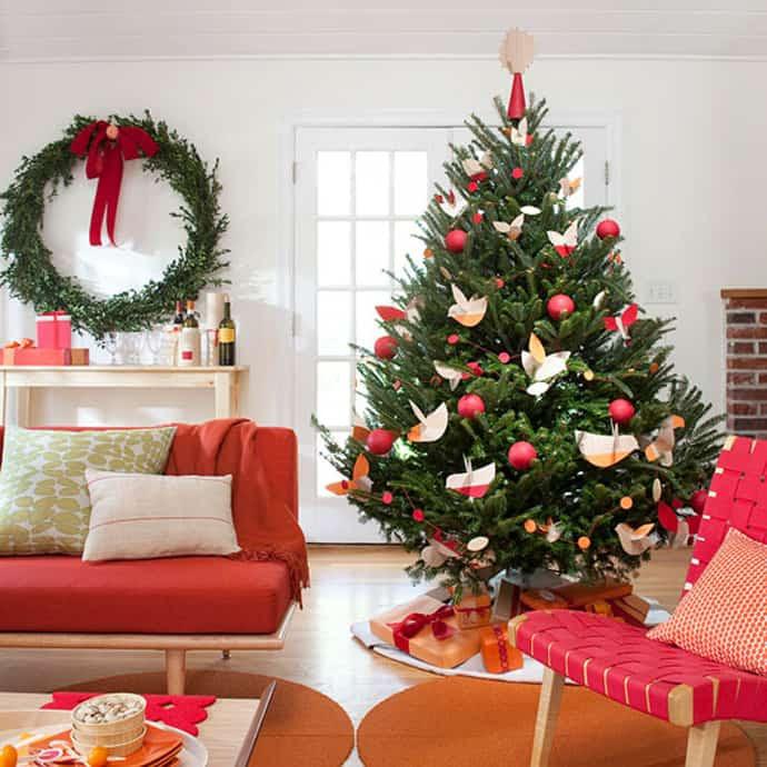 25 Beautiful Christmas Tree Decorating Ideas   DesignRulz