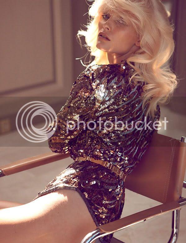 sequins,blonde