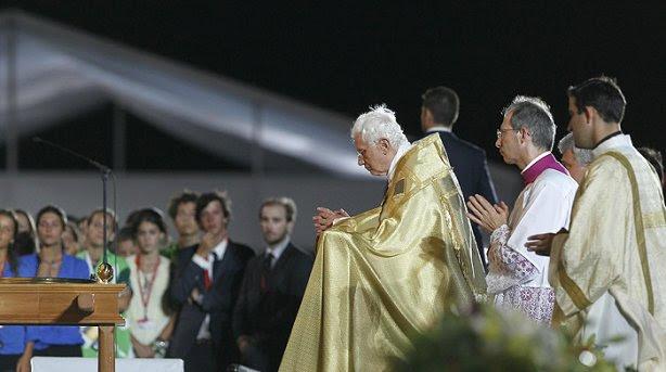 Benedicto XVI Adoración del Santísimo JMJ Madrid
