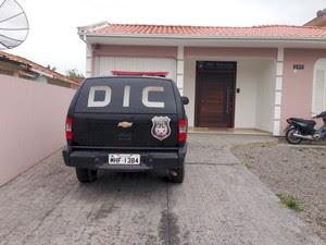 Caso está sendo investigado pela DIC de Tubarão (Foto: Gabriel Felipe/RBS TV)