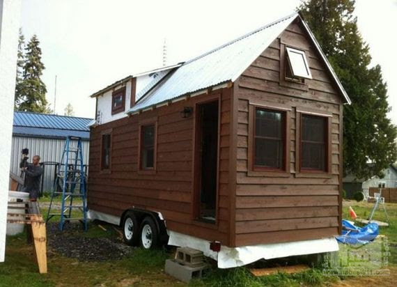 01-tiny-house-on-wheels