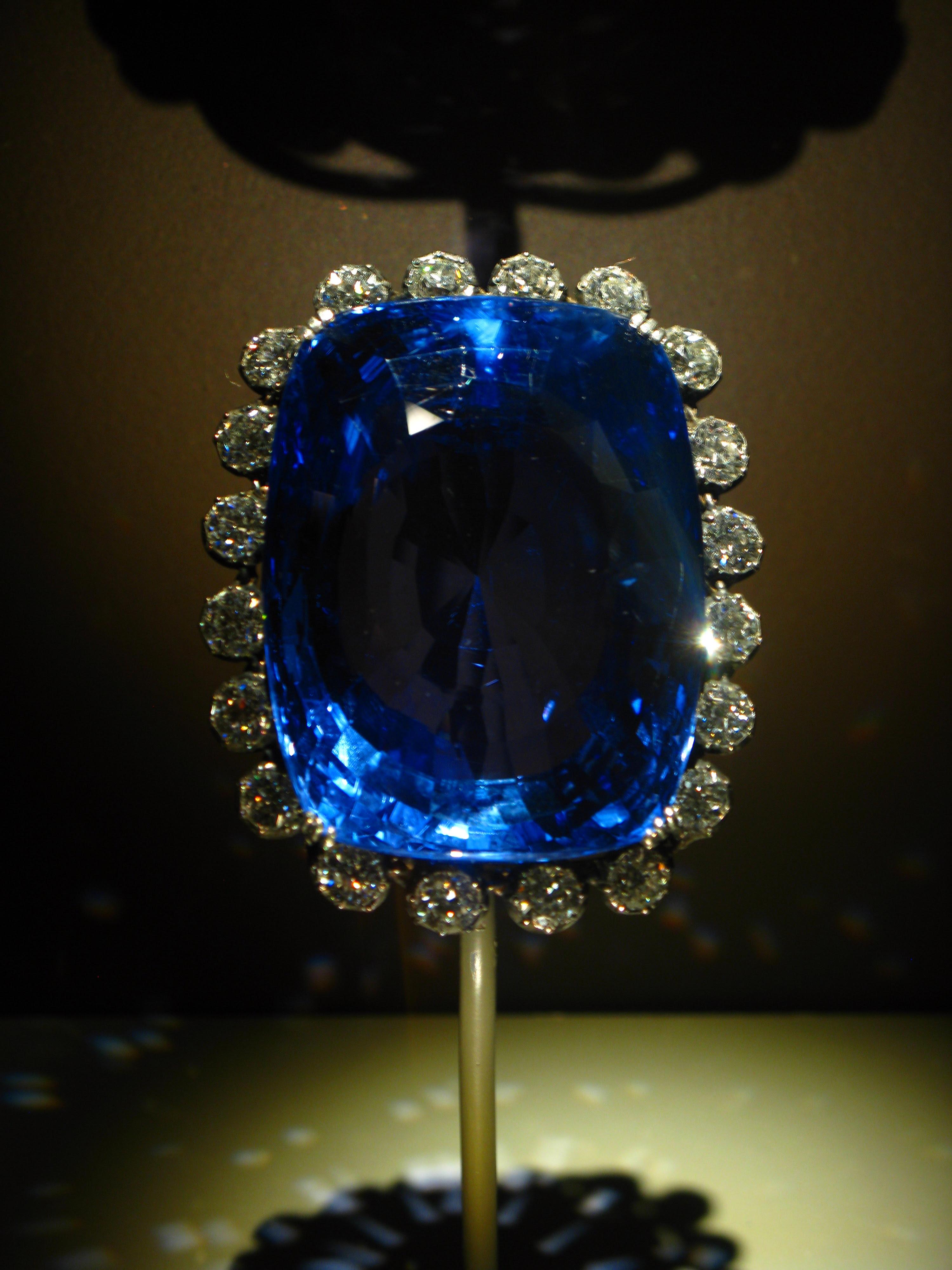 logan sapphire, necklace, jewelry
