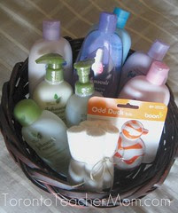 Johnson's Baby Products Gift Basket