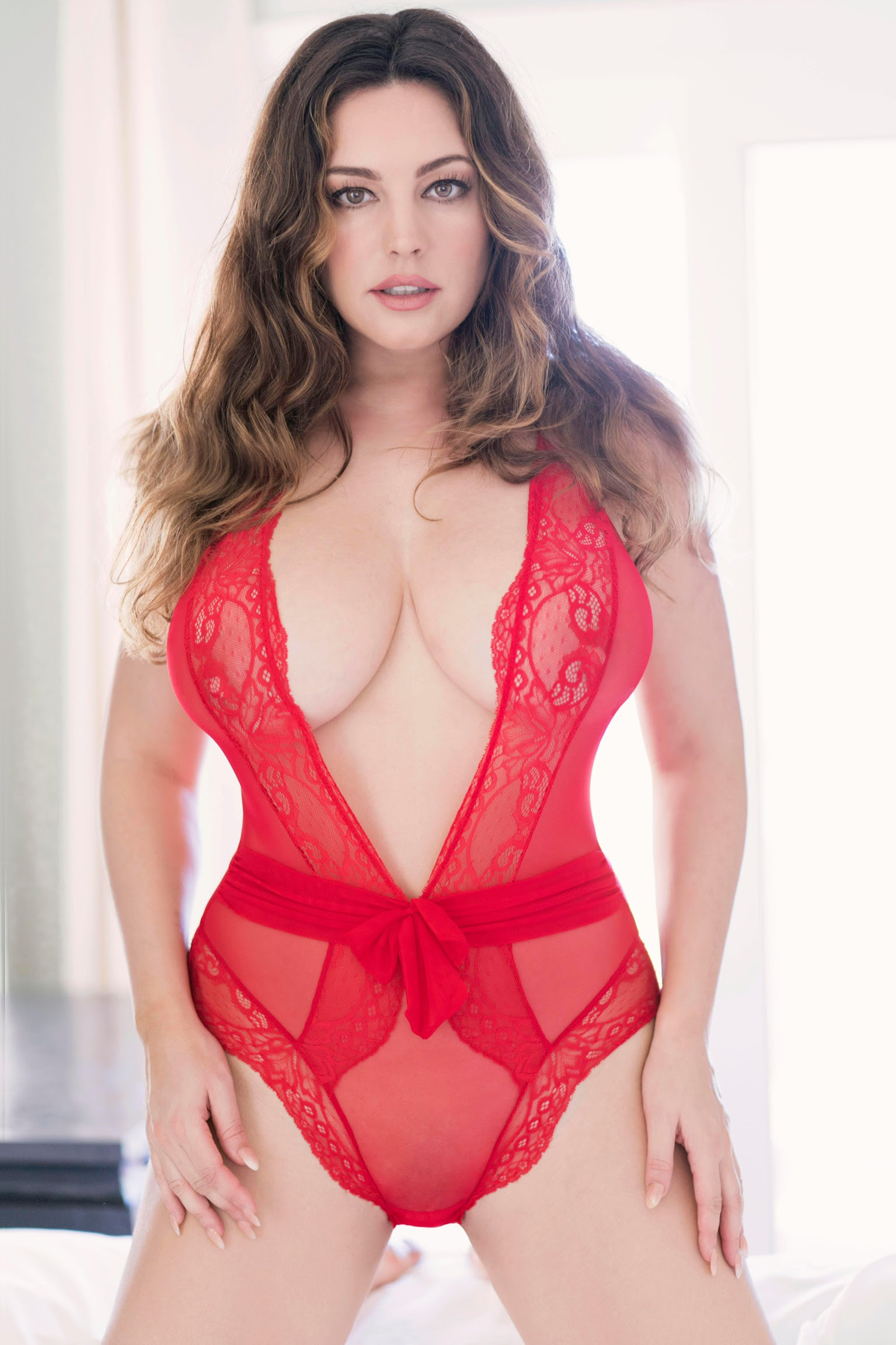 Kelly Brook – Valentines Day Photoshoot 2018