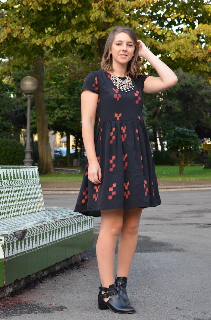 vestido negro y rojo asos