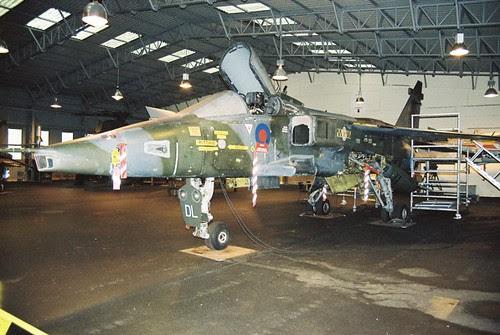 XX977/DL-05 Jaguar GR.1 (9132M)