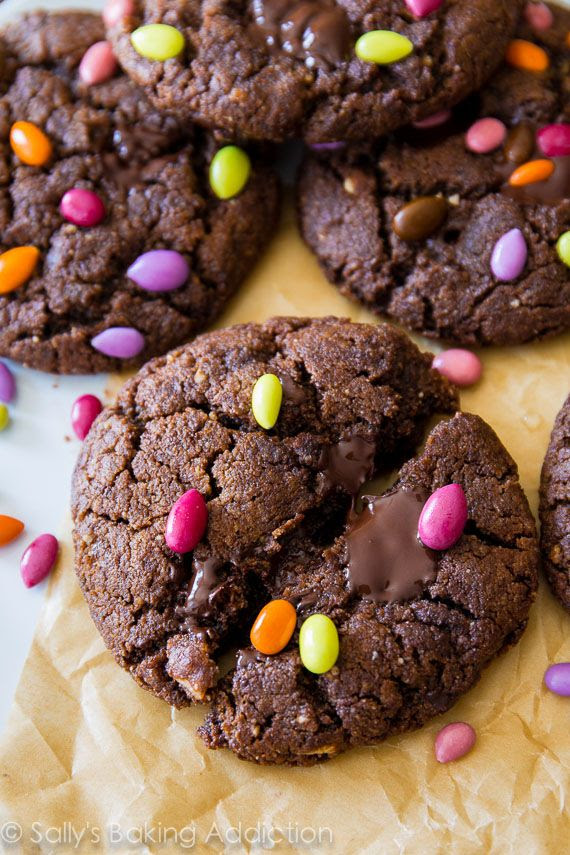 Dark Chocolate Almond Butter Cookies. Making these, this weekend!