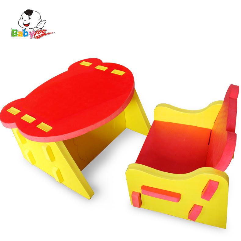 Meuble cuisine dimension petite table et chaise enfant for Table et chaise bebe 2 ans