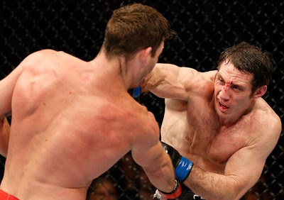Michael Bisping x Tim Kennedy UFC MMA (Foto: Getty Images)