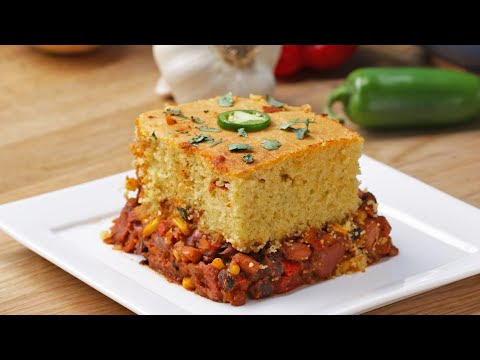 Vegetarian Chili Magic in Bread Recipe | Healthy Recipes