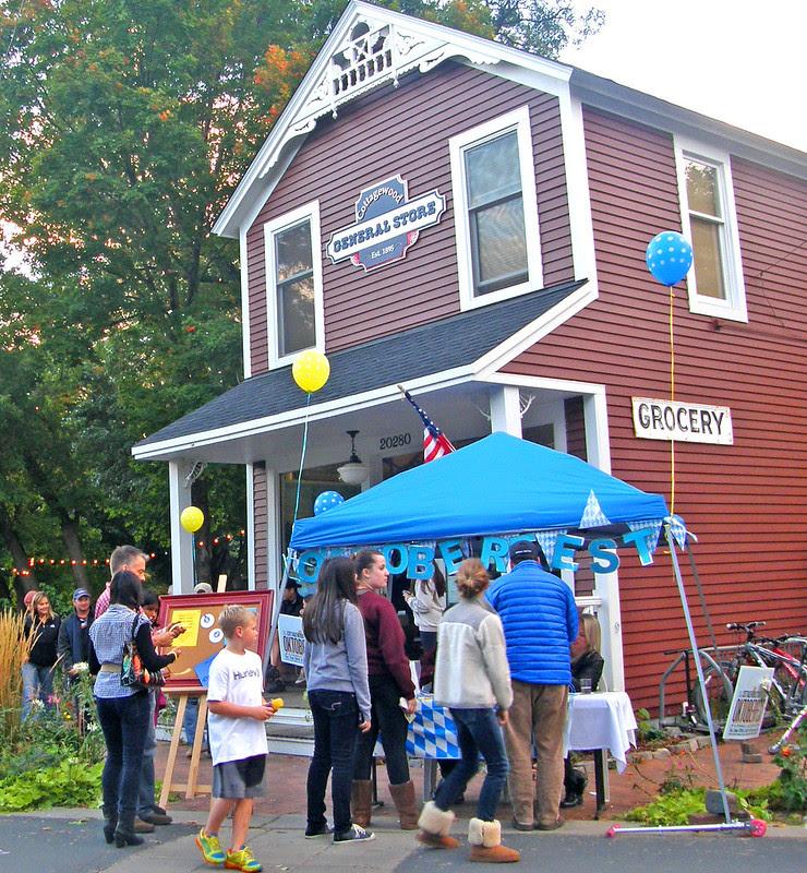 Oktoberfest in Cottagewood: just opening