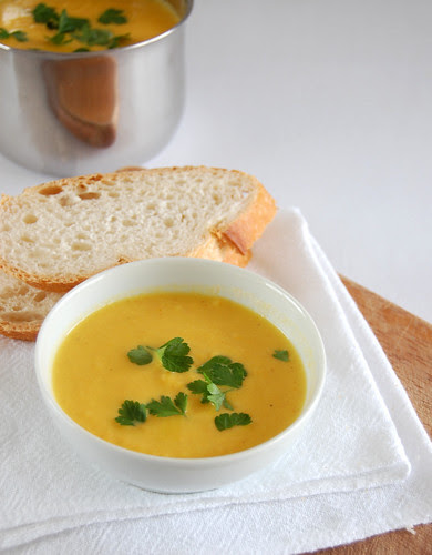 Roasted carrot soup / Sopa de cenoura assada