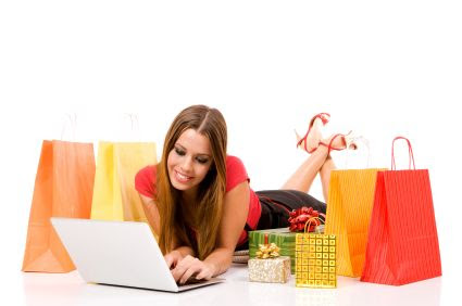 The Do's and Don'ts of Online Clothing Shopping - Young Woman Shopping Online