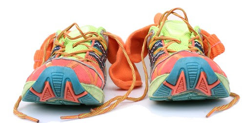 Running Shoes by timtak
