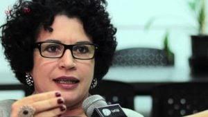 """""""Pobre e simplista"""", diz filósofa sobre cobertura da imprensa no Brasil"""
