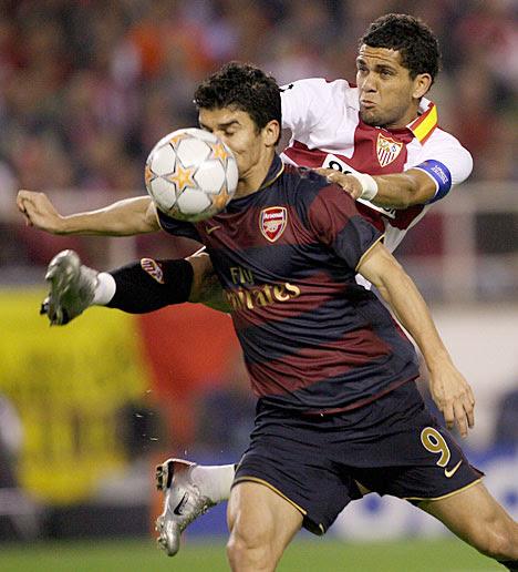 Daniel Alves Football Action