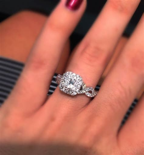 Vera wang engagement ring   Jenny   Pinterest   Beautiful