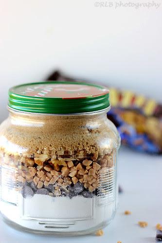 Dessert in Jars: Toffee {Chocolate Chip} Blondies