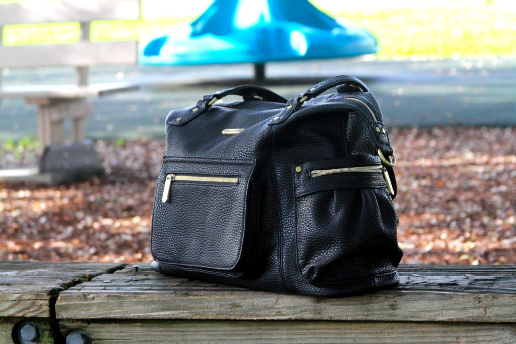 Enter the timi & leslie Abby 7-Piece Bag Set Giveaway. Ends 9/30