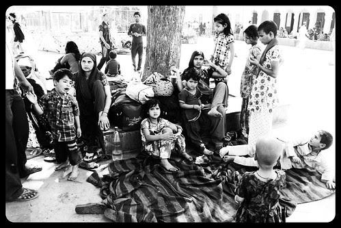 Devotees of Ya Waris Haq by firoze shakir photographerno1