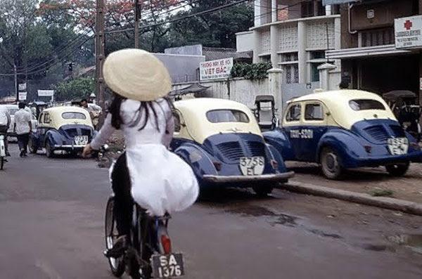http://www.rfa.org/vietnamese/SpecialTopic/40years-april30/the-slipper-of-prisoner-nguyenbachoi-04242015132425.html/sai-gon-xua-hinh-600.jpg