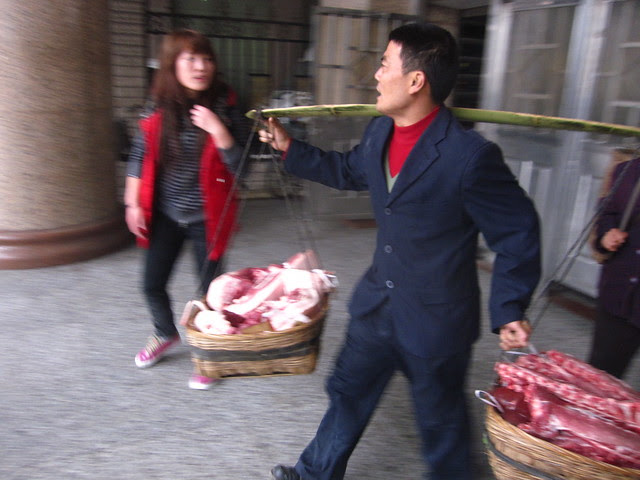 Hauling meat from the train, Chengdu