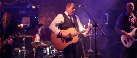 Keeper Lit Glasgow Wedding Band : Music Video by White