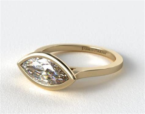14K Rose Gold Bezel Solitaire Engagement Ring (Oval Center