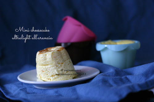 Mini cheesecake ultra-light all'arancia