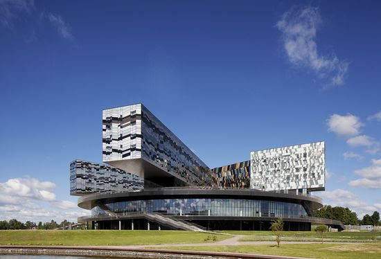 Moscow-School-of-Management-Skolkovo-Russia