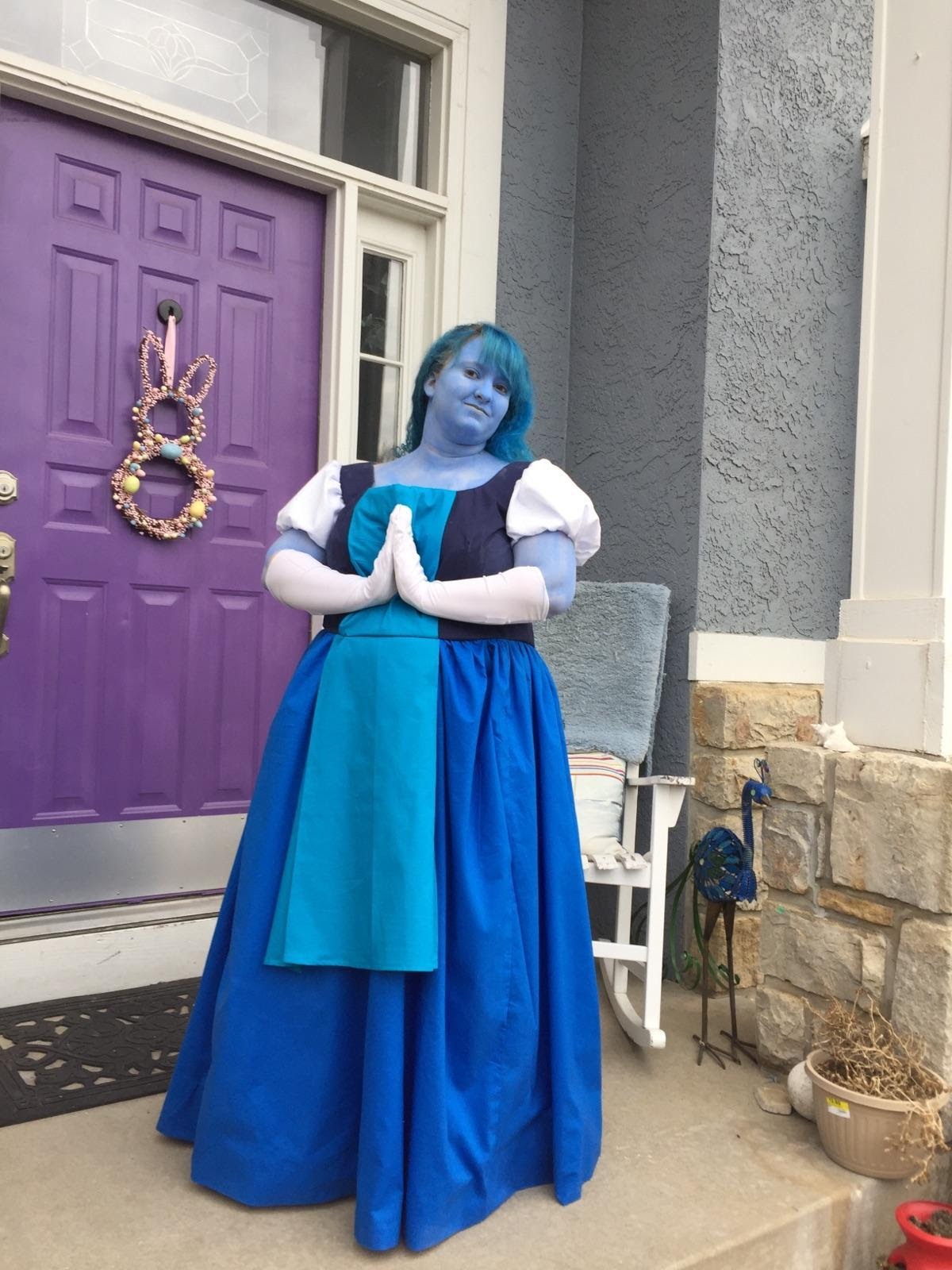Okay, my first photo of myself that is going to be posted. Do I look fat? Yes. Did I do a few things wrong with the cosplay? Also yes. Are there better Sapphire cosplays than me? Definitely. But I...