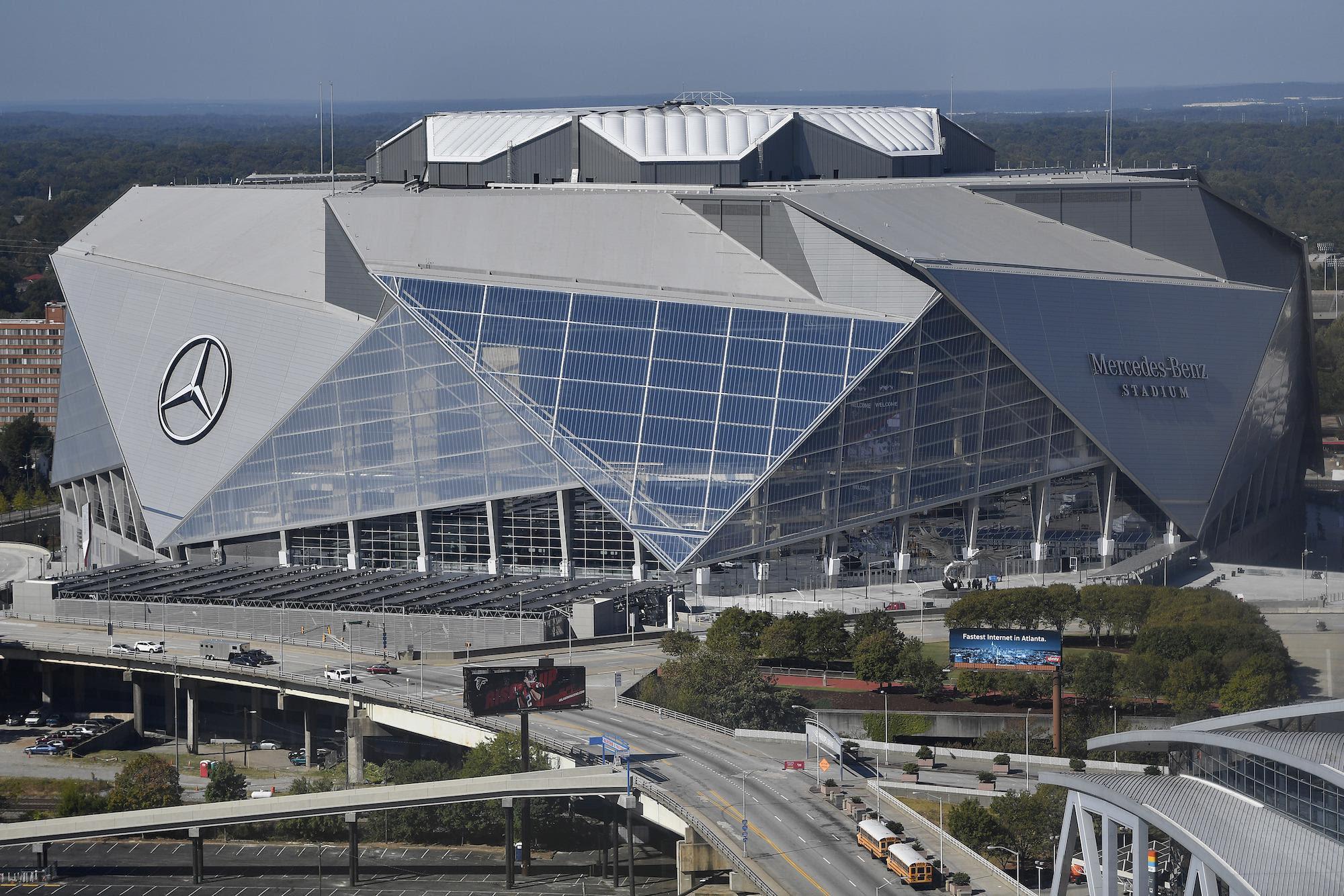 New $1.6B Mercedes-Benz Stadium Rises; Georgia Dome To Be ...